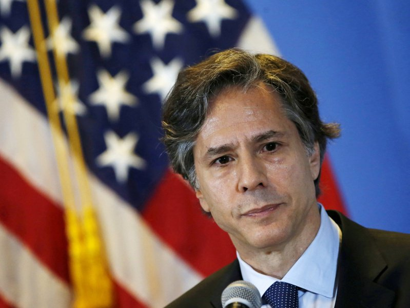 彭博社記者艾普斯坦(Jennifer Epstein)取得獨家消息指出,拜登將會任命其策士、前美國副國務卿布林肯(Antony Blinken)擔任國務卿。路透