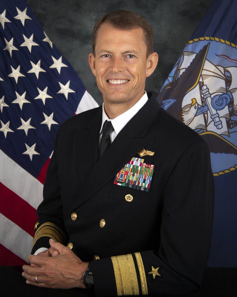 美軍印太司令部少將情報處長史達曼(Michael William Studeman)傳抵台訪問,搭機抵台的美國軍文訪台團,只有他被曝光。圖/美國海軍官網