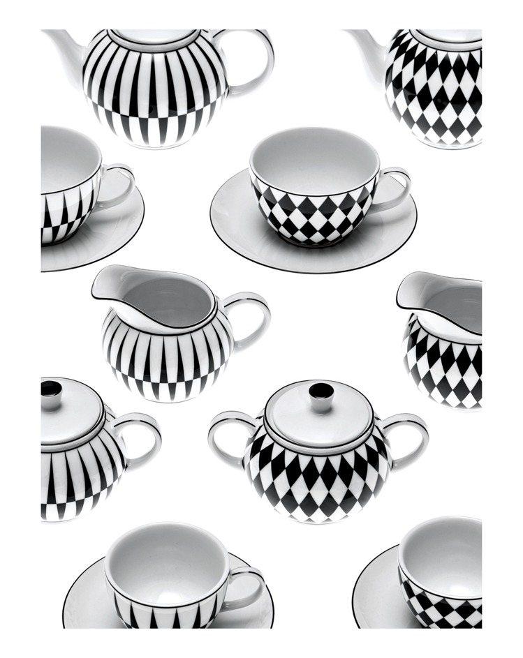 2入茶杯組10,500,奶鐘糖罐組合12,500,茶壺12,500元。圖/PRA...