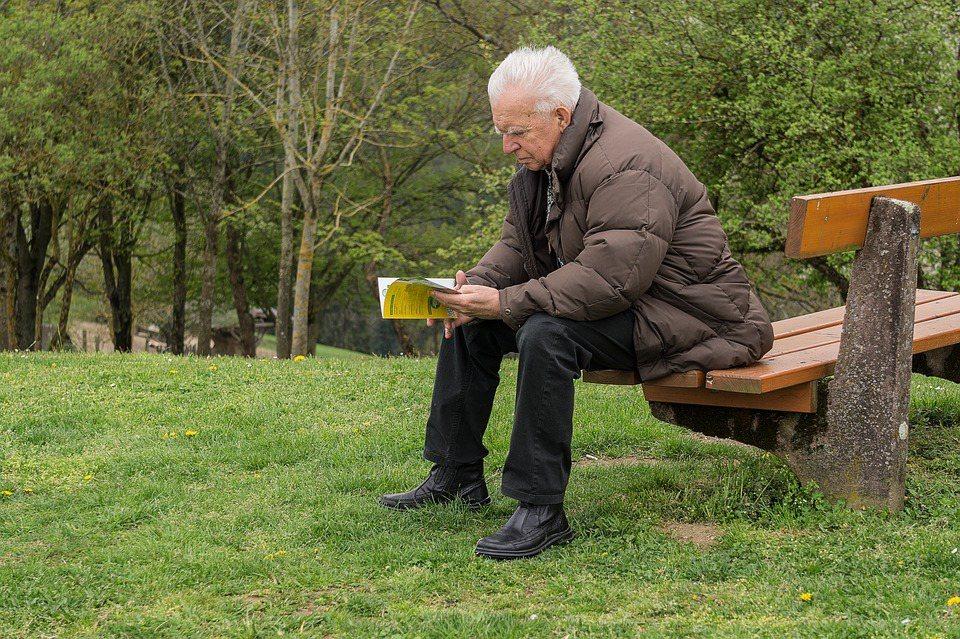 你需要明確的時間點以及所需要的退休生活費金額。 圖/pixabay