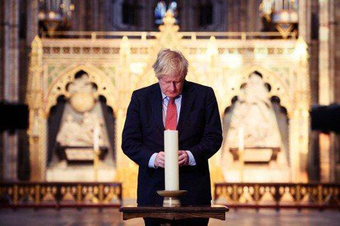 身處美國及歐盟的兩難夾縫,眼下英國或許只能自求多福,承襲英國的偉大傳統,好好掙扎...