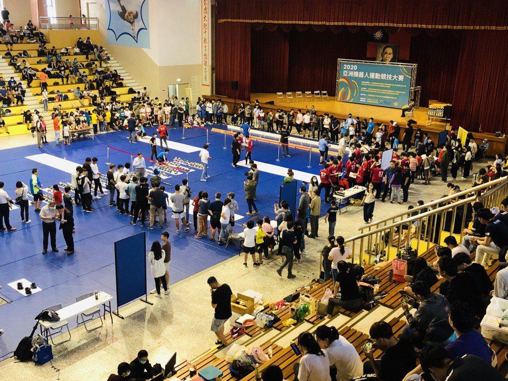 2020亞洲機器人運動競技大賽-北部賽區,計有597組參賽隊伍,是歷年來最多參賽...