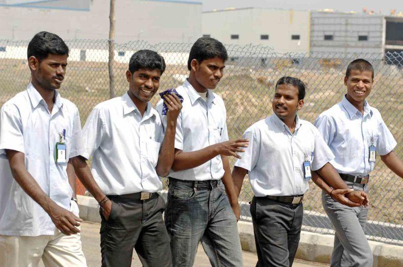 印度人口近14億,是繼中國之後,下一個蘋果產品熱門製造基地。 (邱劍英攝)