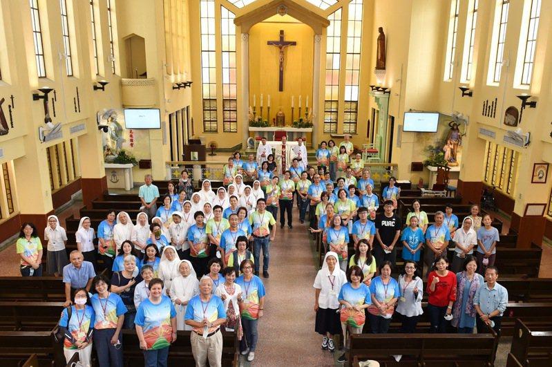 創辦靜宜大學的「主顧修女會」,以感恩彌撒與特展等系列活動,慶祝「來華福傳100週年」。圖/靜宜大學提供