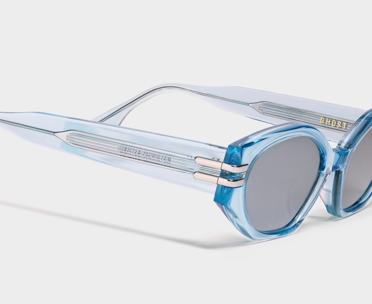 Gentle Monster GHOST太陽眼鏡10,220元。圖/PUYI提供