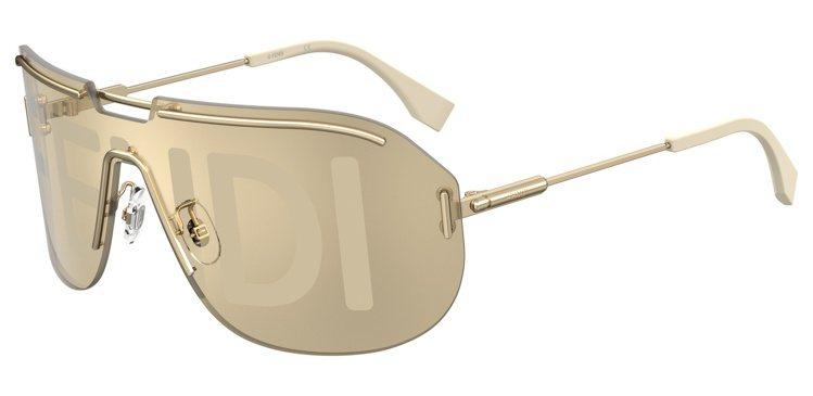 FENDI CODE時裝表演太陽眼鏡約16,000元。圖/FENDI提供