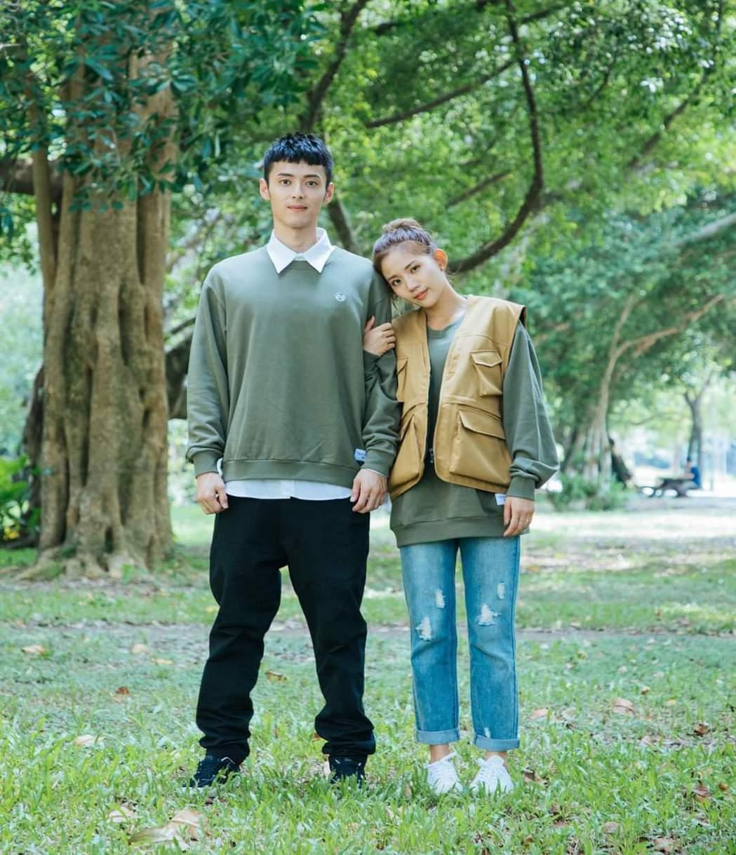 陳艾琳(右)和老公顏庭笙婚後甜蜜。圖/摘自臉書