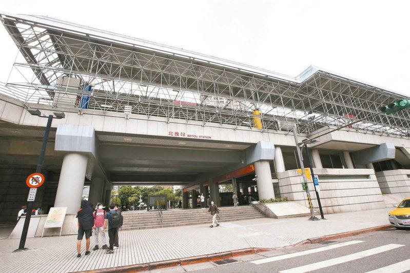 捷運北投站沿線噪音大,附近里民身心靈嚴重受到影響。聯合報系資料照