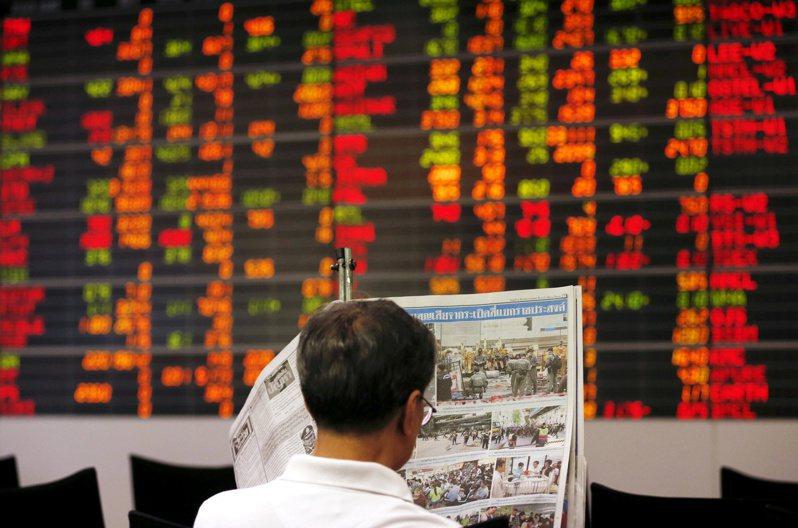 外資風險情緒改善,大舉湧入亞洲股市。 路透