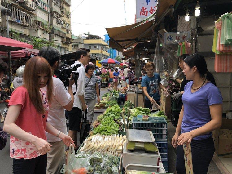 林鑫川很喜歡逛台灣的傳統市場,他非常享受流動於其中的人情溫暖。圖/林鑫川提供