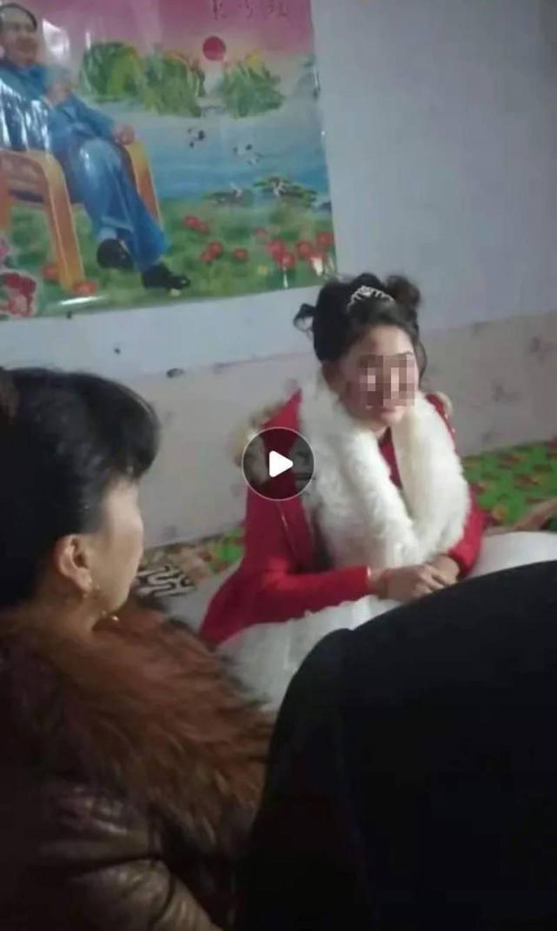 方洋洋結婚時看起來很喜悅。影片截圖