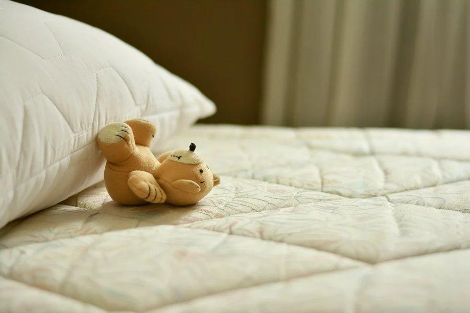 床墊,很少人會定期清洗,才會出現有超過5年,完全不洗床墊,還有些甚至超過7年,不...
