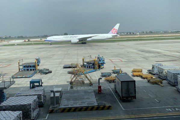 河內重迎國際載客航班。圖/中華航空公司河內分公司提供