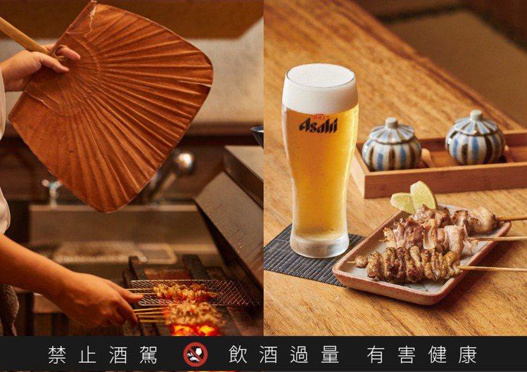 東京燒鳥名店分店「鳥喜」提供的燒鳥三味:雞皮、鳳尾、軟骨與Asahi SUPER...