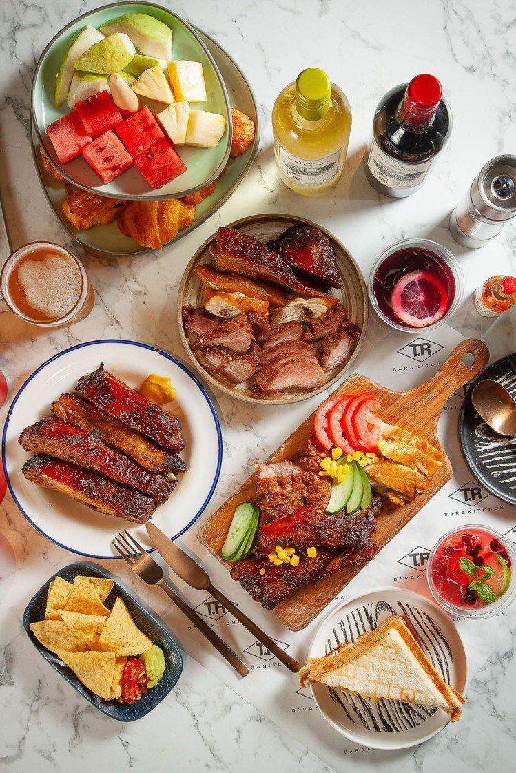 專案搭配「午後酒肉狂」,吃肉喝酒無限量。圖/大直英迪格酒店提供  ※ 提...
