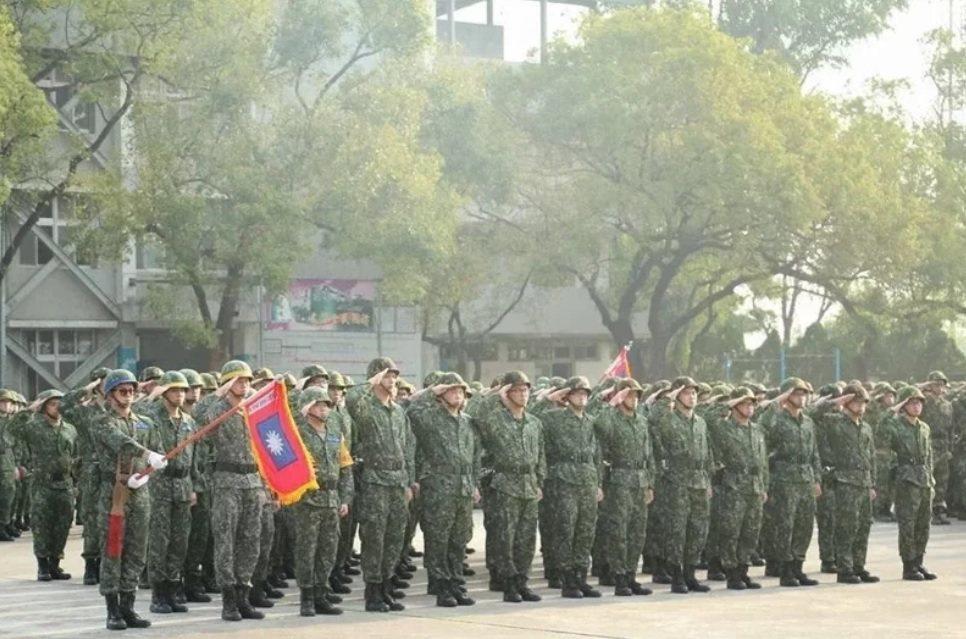 國防部預告修正役男「體位區分標準」第二條附件,在常備役身高體位標準,增列155公...