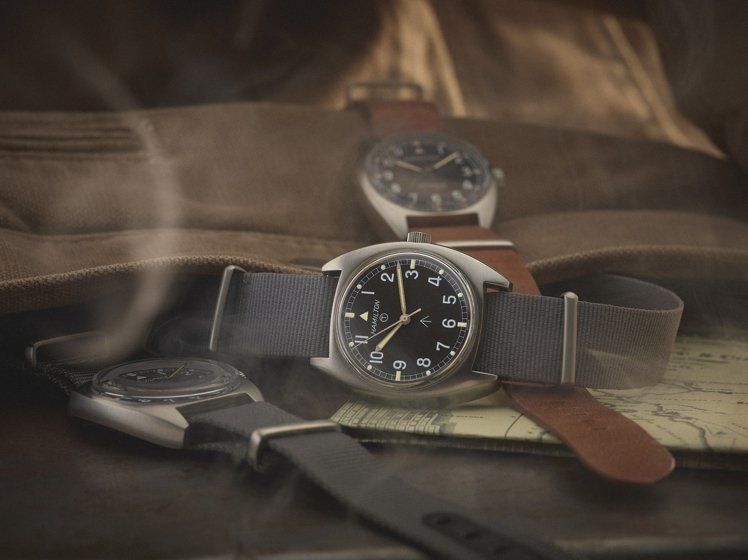 Khaki Pilot Pioneer腕表是以1973至1976年間生產的飛行員...