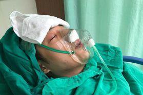 緊急開刀出狀況 周湯豪抽搐、戴氧氣罩昏迷嚇壞人