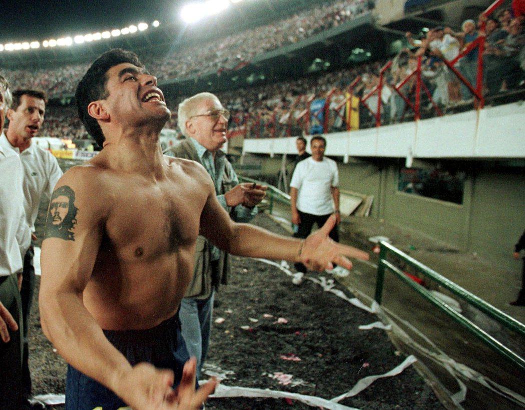 「博卡青年」(Boca Juniors)時期的馬拉度納。  圖/路透社