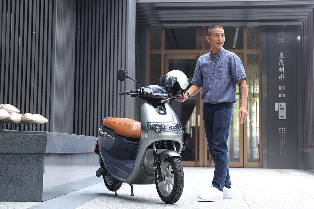 中華汽車工業股份有限公司與睿能創意股份有限公司宣布將共同合作,「中華eMOVIN...