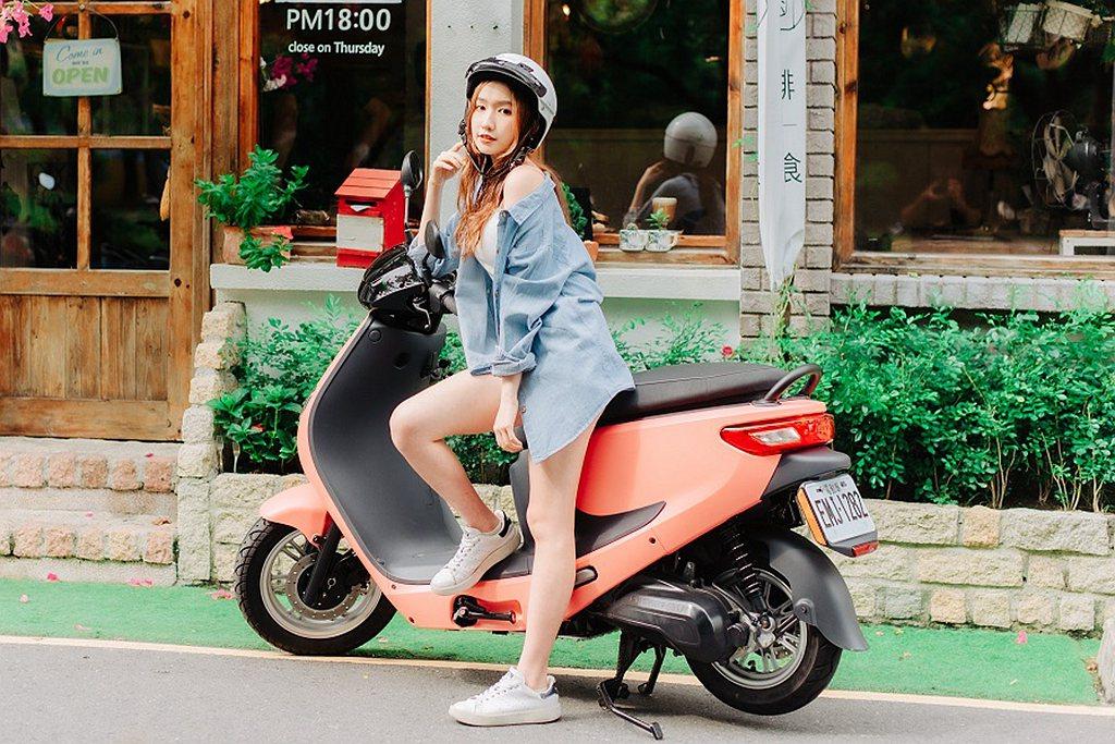 中華電動車eMOVING以前瞻的永續思維,自2010年投入電動二輪產業的發展,近...