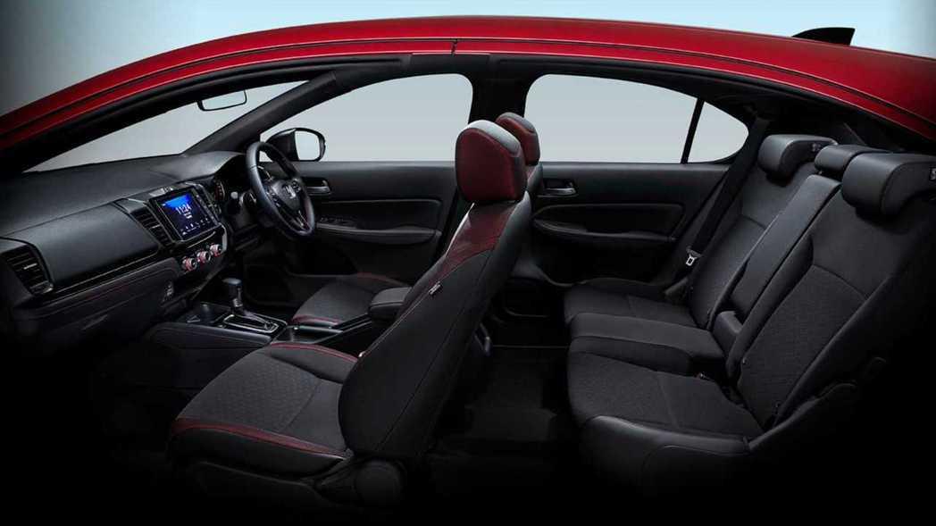 車室空間絕對是City Hatchback的強項。 圖/Honda Thaila...