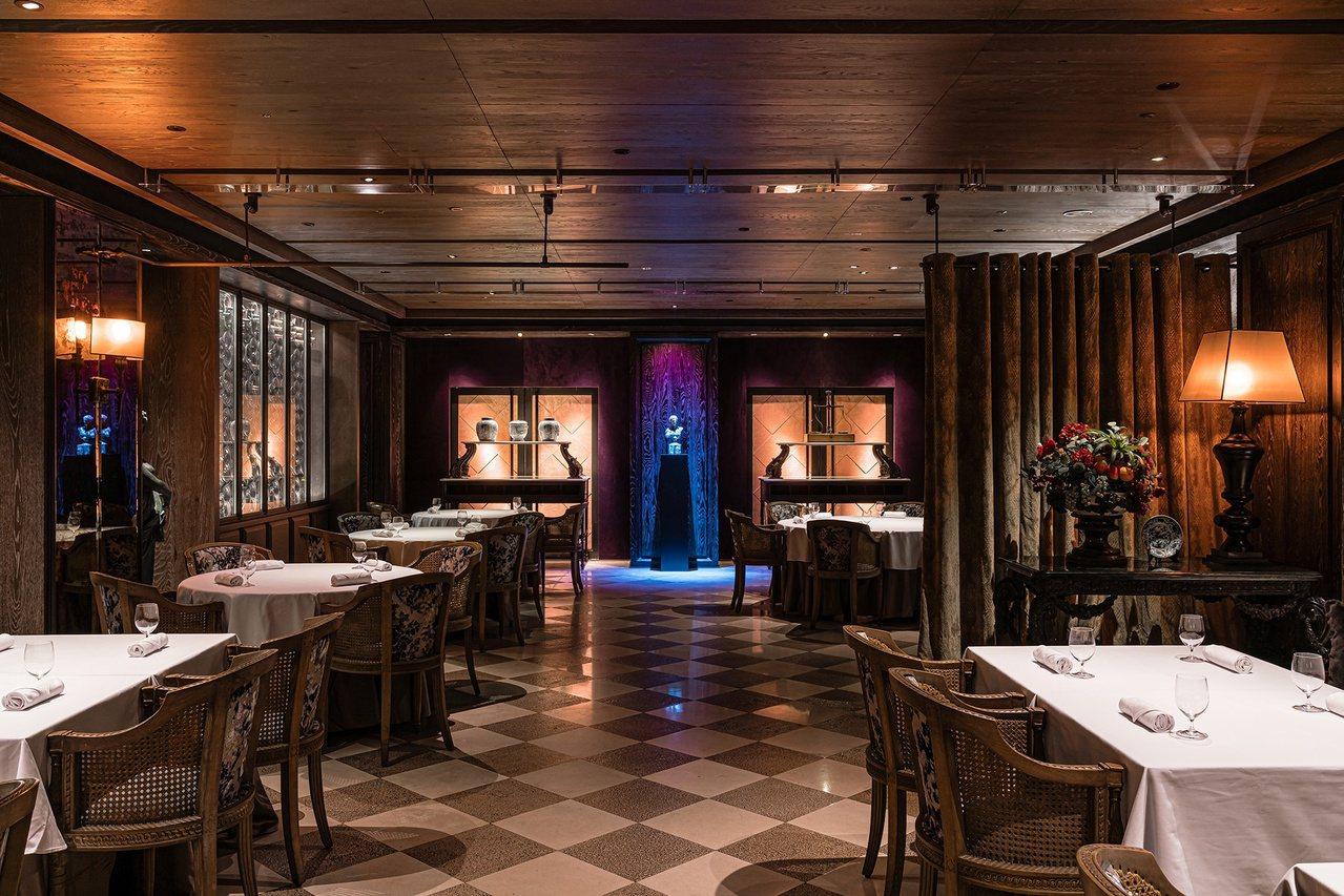 新餐廳雅意Artbrosia,空間典雅。 圖/君品酒店提供