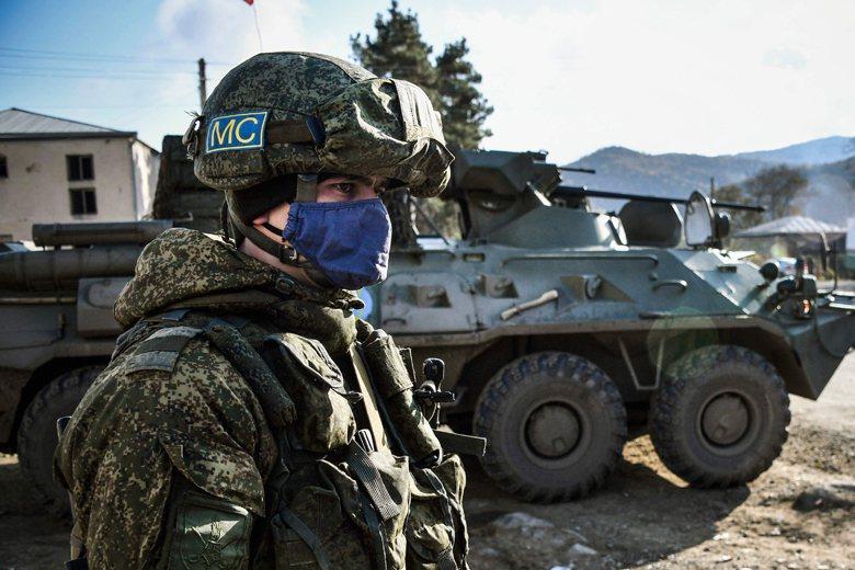 亞美尼亞在11月10日宣布投降,接受俄羅斯及亞塞拜然提出的停火條件。圖為負責地區監管的俄軍。  圖/法新社