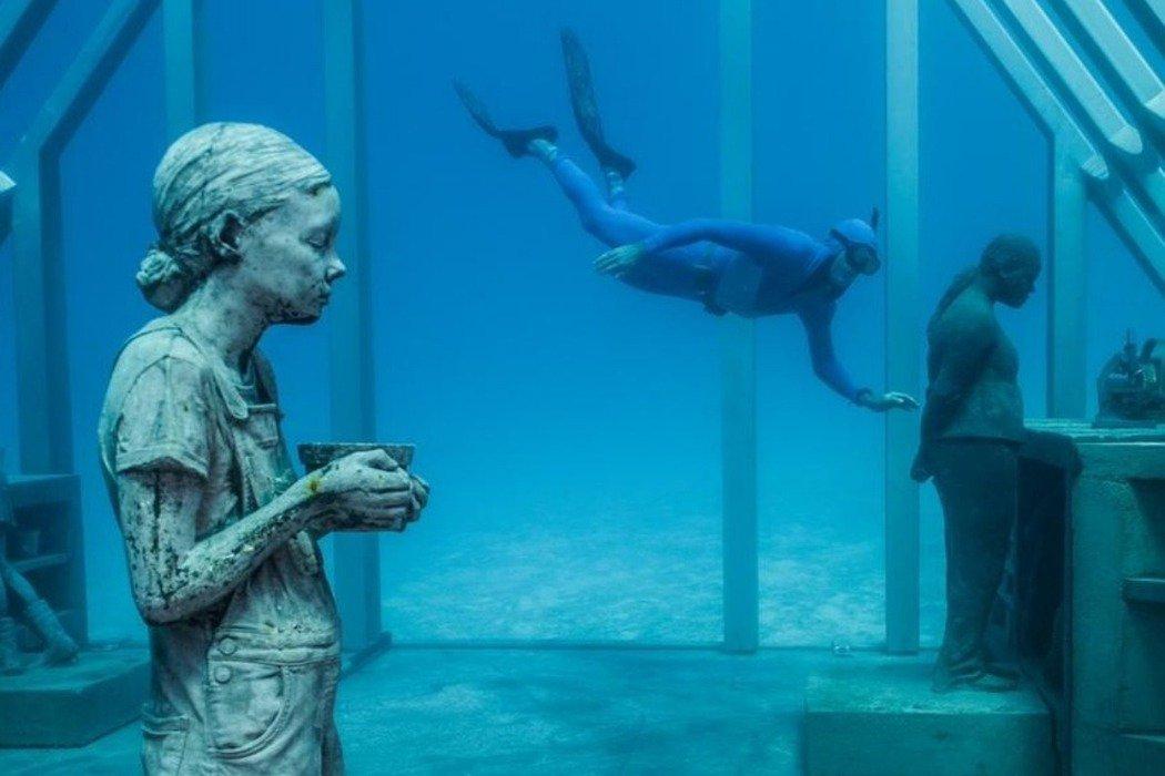 位於澳洲大堡礁中段湯斯維爾(townsville)海域的「水下藝術博物館」(MO...
