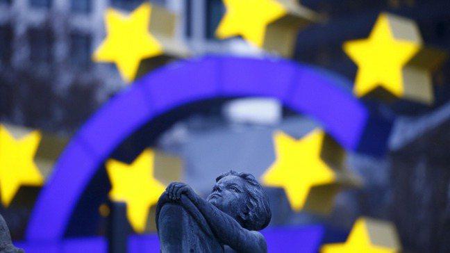 歐洲央行(ECB)表態將會在12月調整政策來拯救被疫情拖累的歐元區經濟。 路透社
