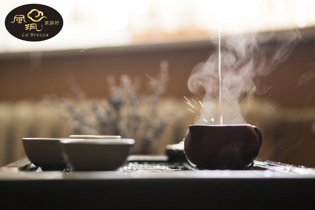 經歲月淬鍊,陳年茶品自然變換出驚喜風味,滋味醇厚迷人。風玥茶研所/提供