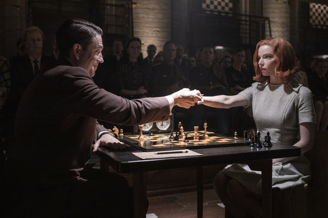 「后翼棄兵」大破Netflix開台以來新紀錄,並同時勇奪63國收視率冠軍。圖/N