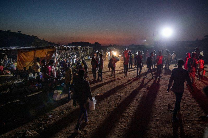泰格瑞省內有60多萬民眾每月仰賴的外來糧食配給,因戰禍而被迫中斷。  美聯社