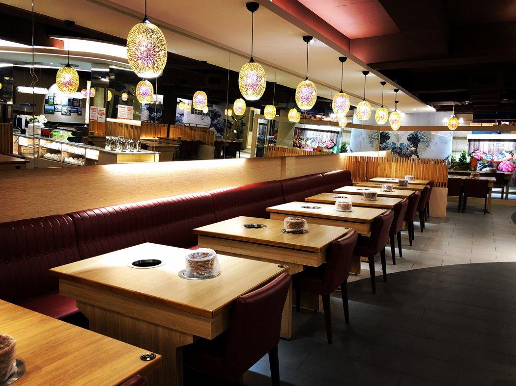 店內用餐環境非常乾淨、舒適!