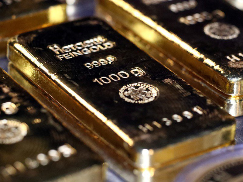 黃金現貨24日收盤跌到每英兩1807.6美元,創7月以來低點。路透