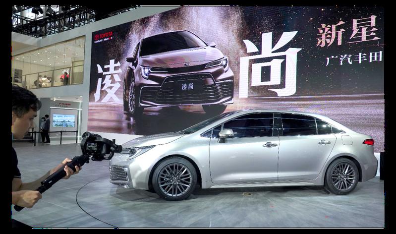 圖為目前正在舉行中的廣州國際汽車展覽會。新華社