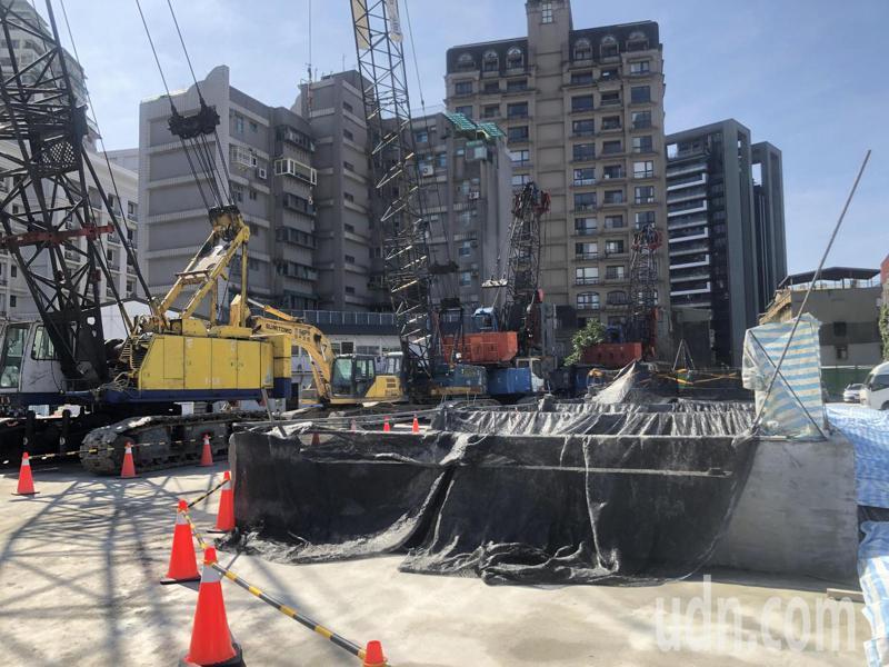 「萬隆東營區社會福利設施用地新建工程」今天舉辦動土典禮。記者鍾維軒 / 攝影