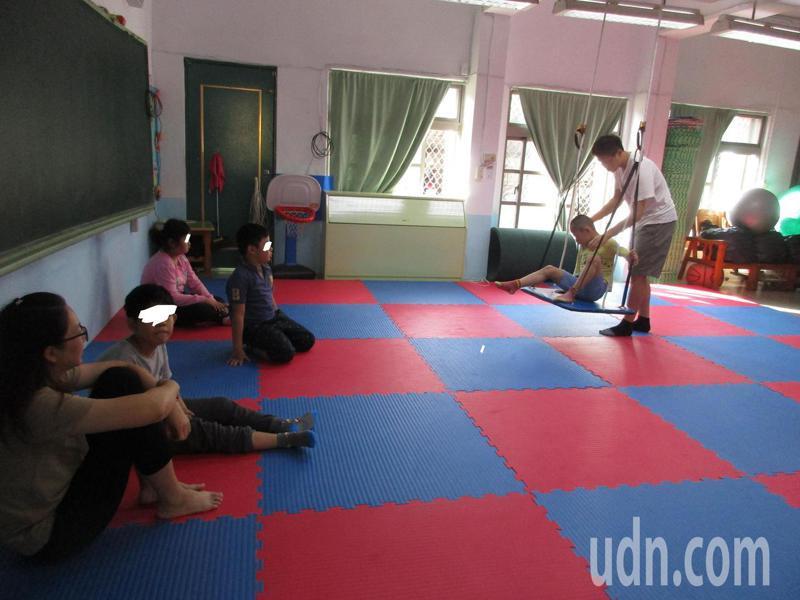 台南市有19所學校獲得補助,將充實動知教室,讓特教生運動場域更完善。記者鄭惠仁/攝影