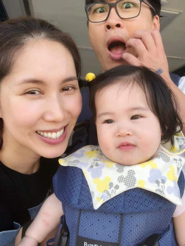 余苑綺(左)分享抗癌的心路歷程。圖/摘自臉書