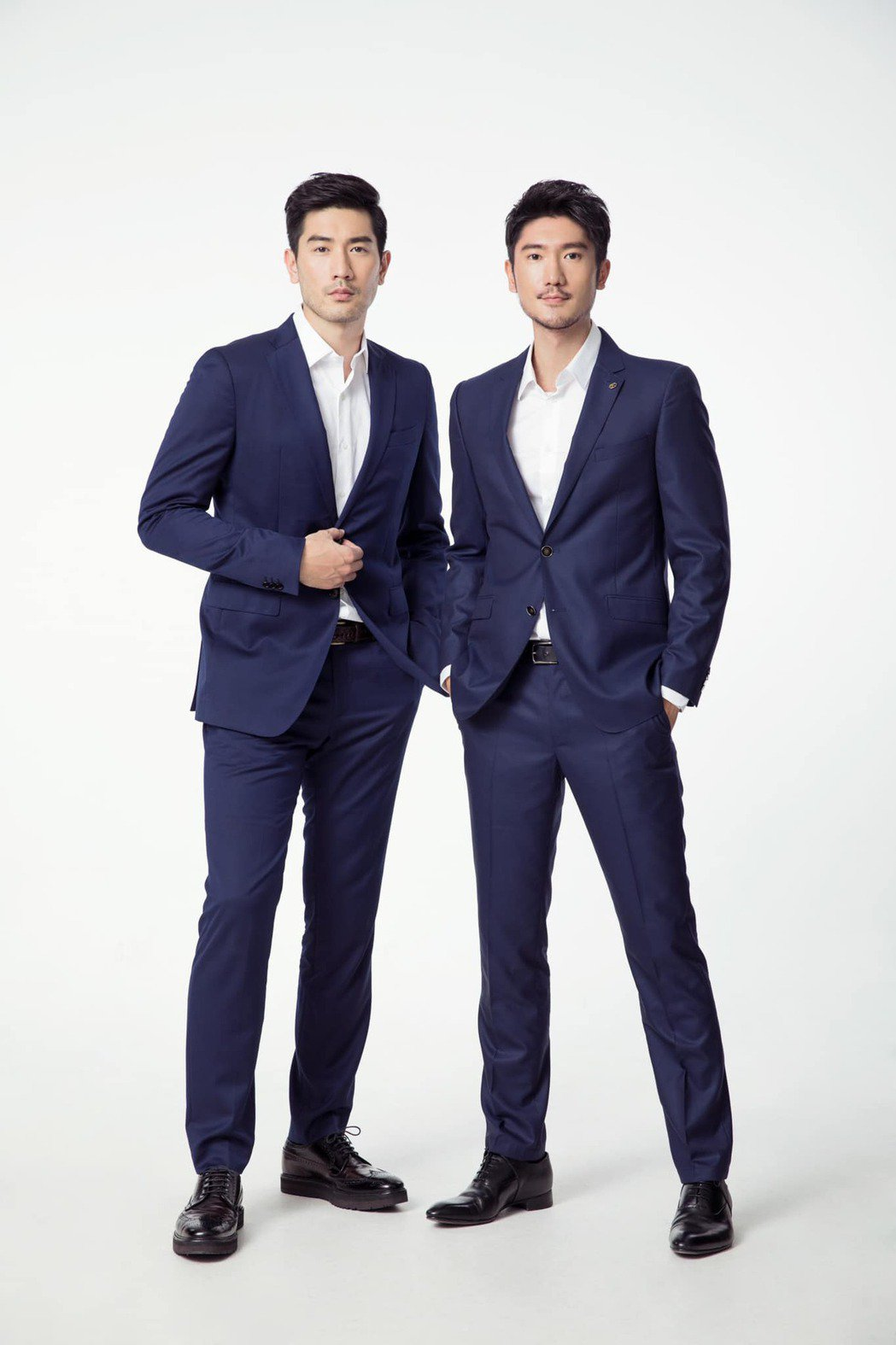 高以翔(左)與二哥高宇橋長相、聲音都很像。圖/摘自臉書