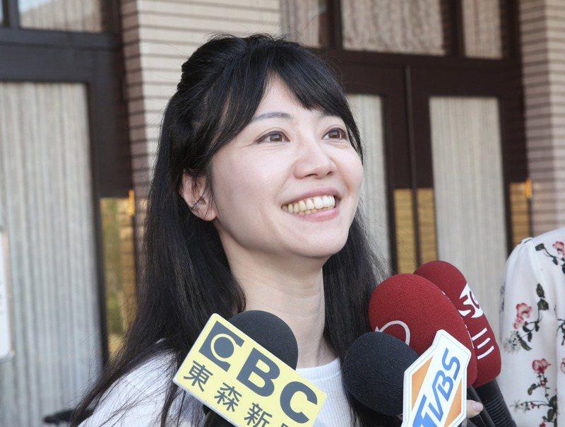 民進黨立委高嘉瑜人氣高,被藍綠營鎖定為下屆台北市長選舉假想敵,但她最近頻頻中箭。圖/聯合報系資料照片