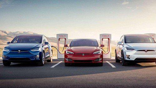 特斯拉計畫2021年開始在大陸生產電動汽車充電樁。 圖/取自新浪網