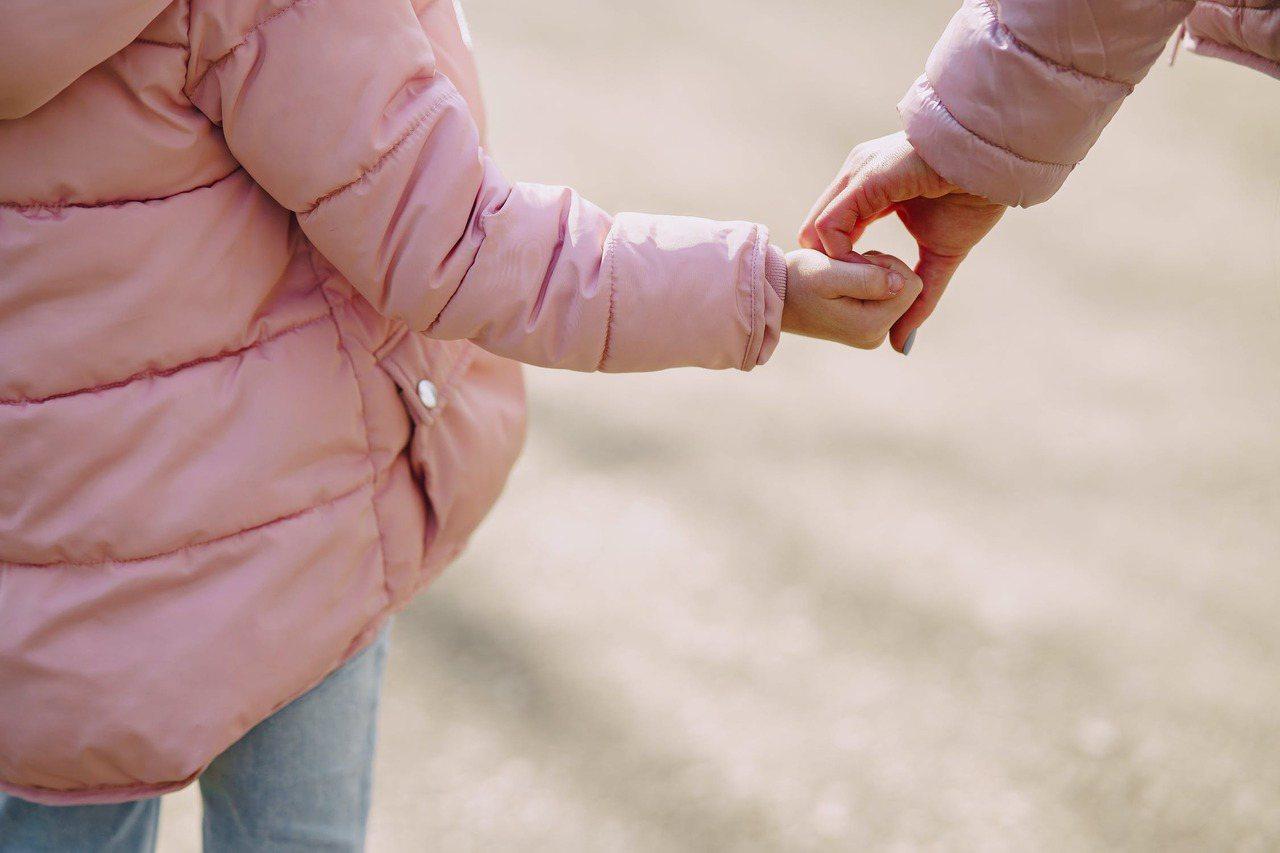 大家都無法理解,沒有人天生就會當母親?大家都無法理解,每個母親都有力不從心的時候...