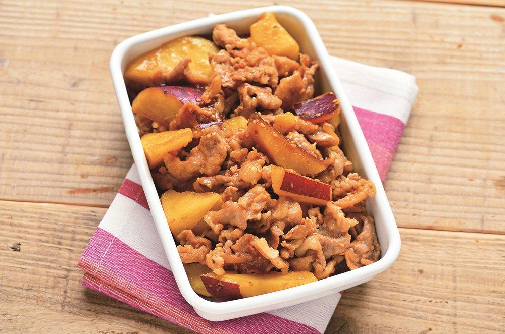 常備主菜示範:甜辣豬肉炒地瓜。 圖/悅知文化 提供