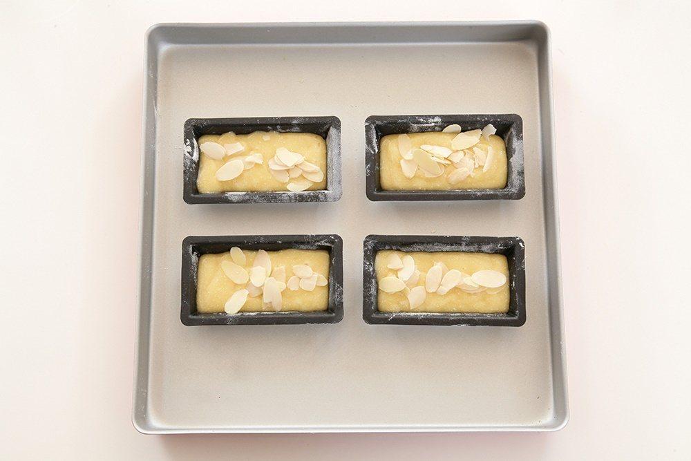 費南雪的外型像金磚,又被稱為金磚蛋糕。 圖/上優文化 提供