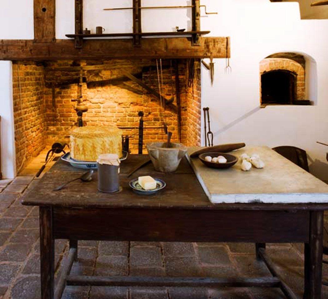 維農山莊裡的廚房一角。 圖/維農山莊官網