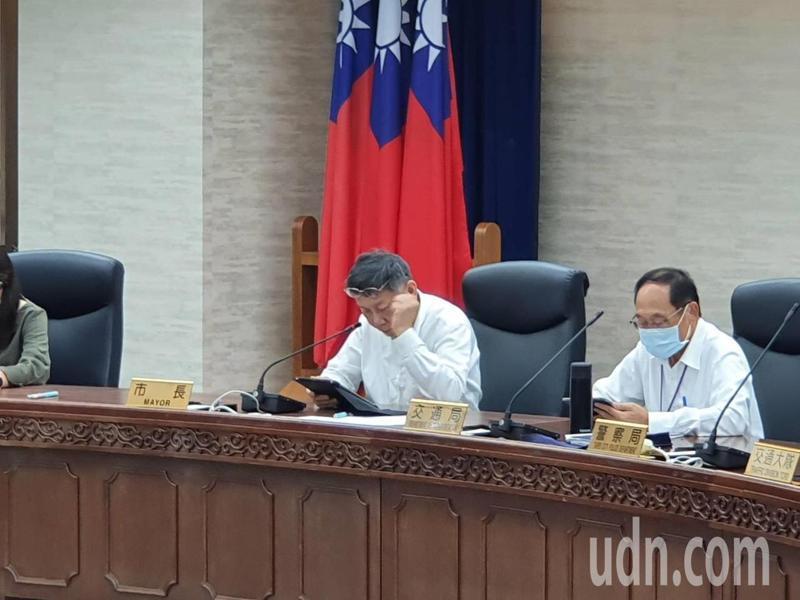 台北市長柯文哲上午參加市府交通會報。記者楊正海/攝影