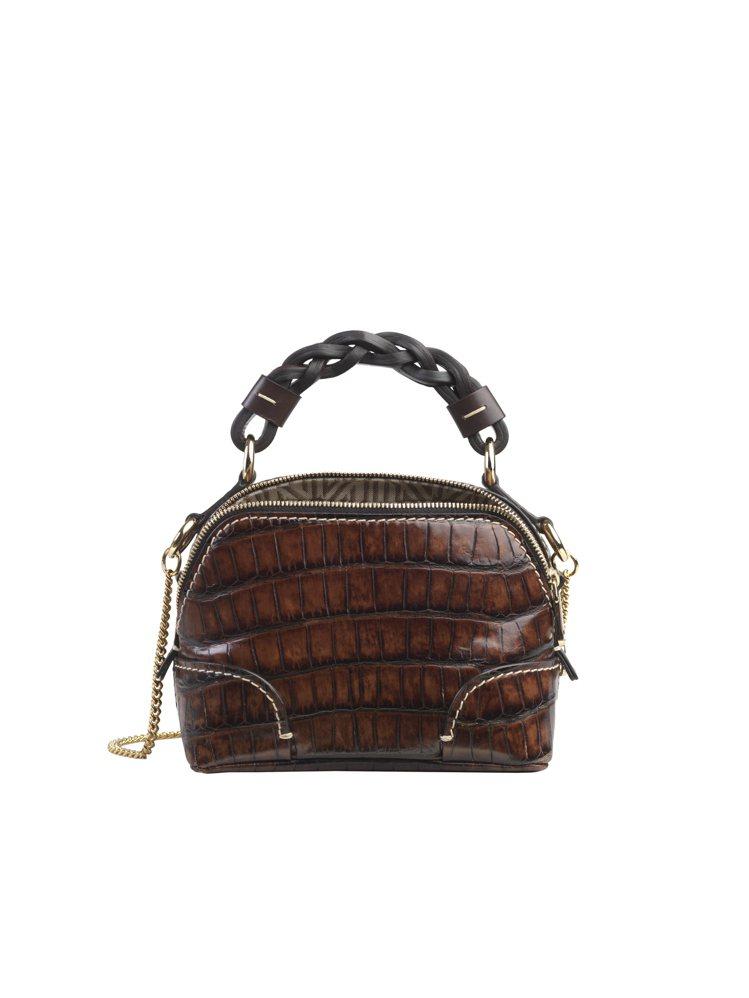 Chloé Daria深咖啡鱷魚壓紋迷你肩背手提兩用包,55,900元。圖/Ch...