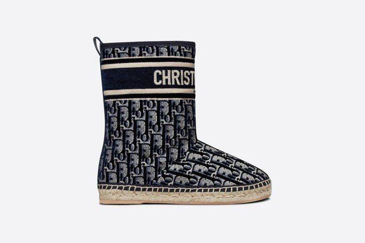 chez moi DIOR Granville短靴,38,000元。圖/取自DI...