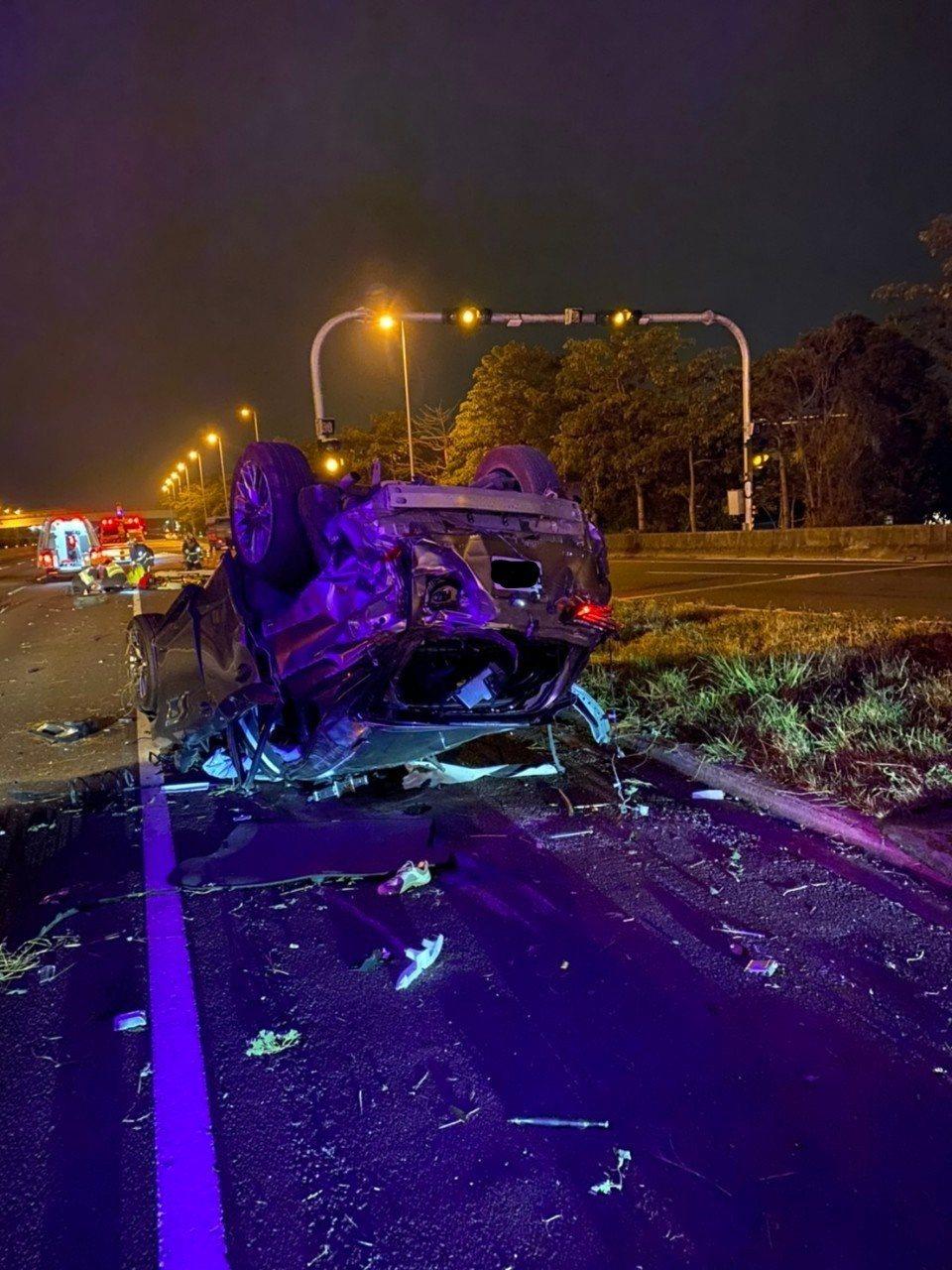 經統計,行駛國道未繫安全帶,發生事故之致死率,是繫安全帶的3.6倍。 圖/高公局...